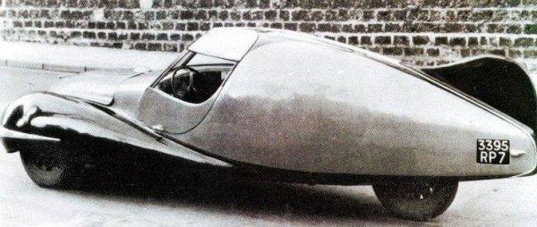 Marotti 3 wheeled concept car BAck.jpg