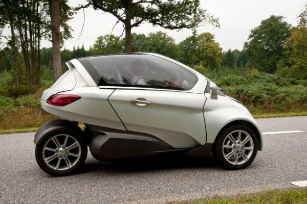 Tesla-three-wheel-car.jpg